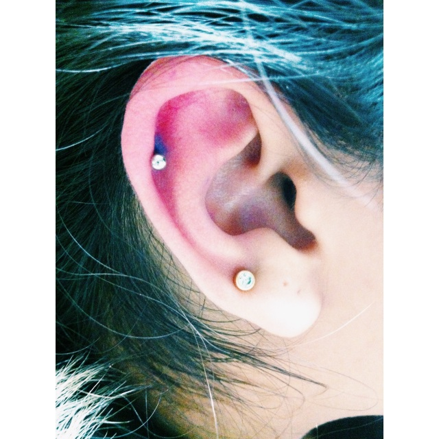Right Top Ear Piercing