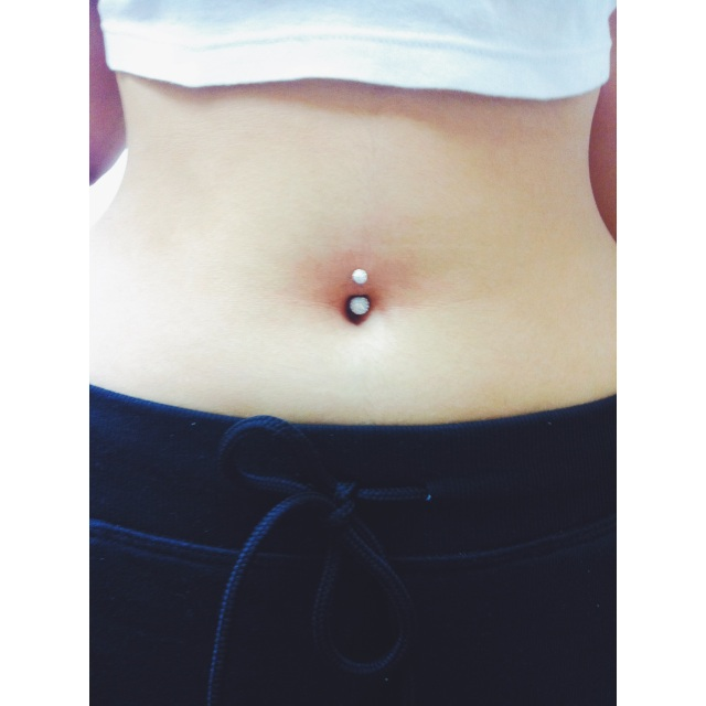 Navel Piercing w/Disco Balls