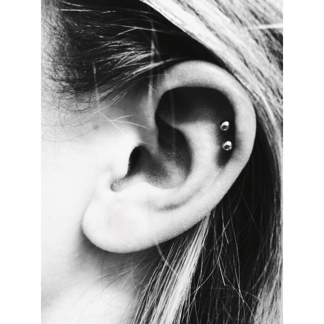 Emma's Double Top Ear ⚡⚡ Helix Piercing