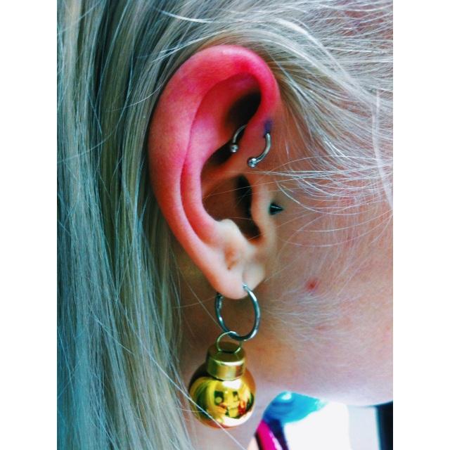 Reetta's Inner-Pinner Piercing
