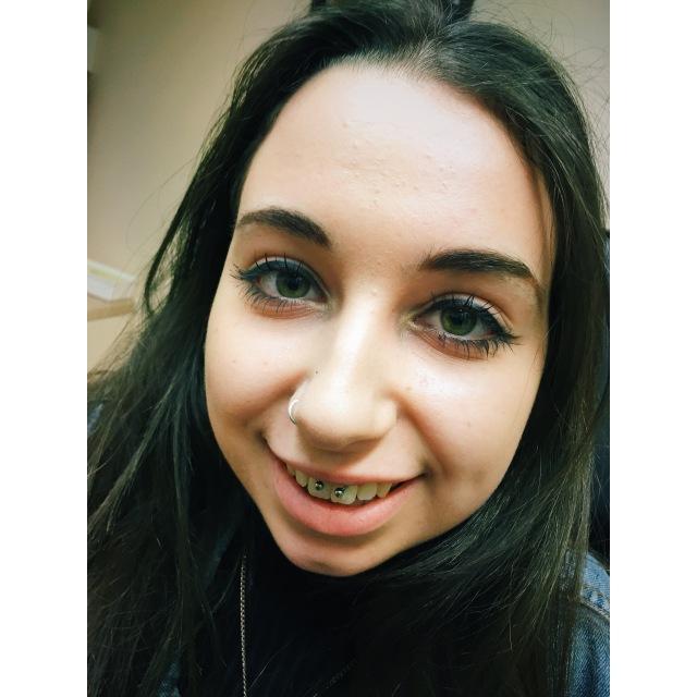Erin's Smiley Piercing
