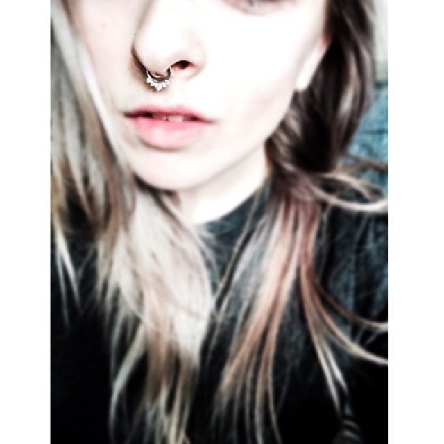 Martha's Septum Piercing w/Click Jewellery